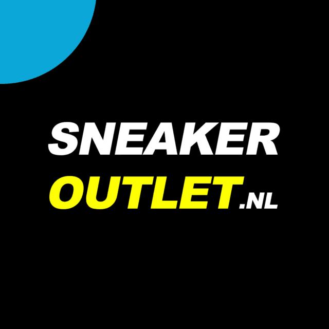 Sneaker outlet